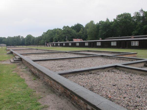 """Baracker och grunder i """"Alte Lager"""" - den första etappen av lägret."""