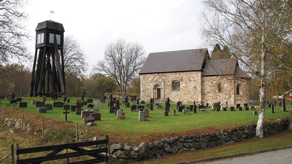 Hjälmseryds gamla kyrka.