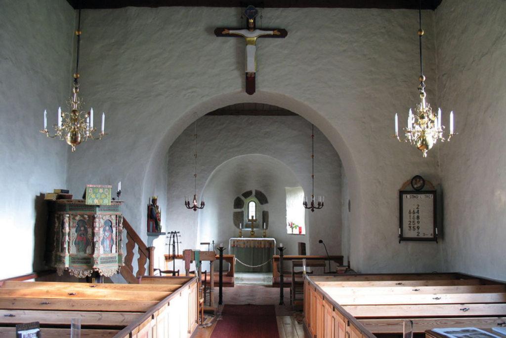 Kyrkans interiör.