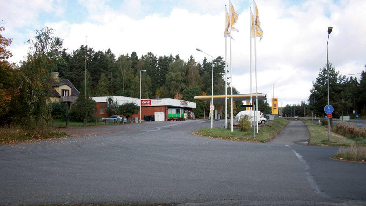Bensinmack på platsen Röde Påle.