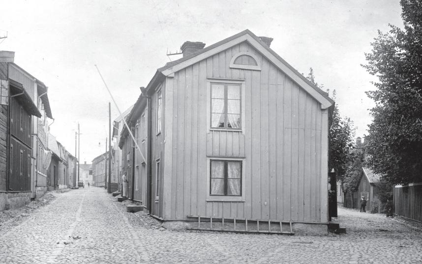 Ett litet torg där Färgaregatan och Nygatan möts.