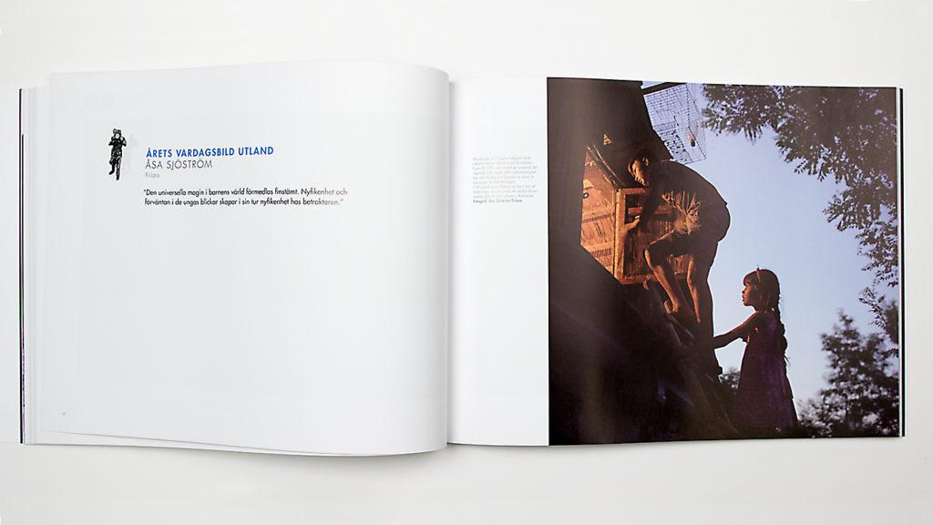 Ett uppslag i boken Årets Bild