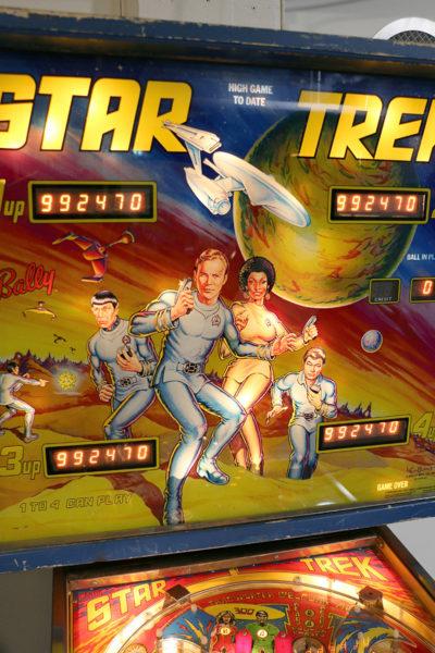 Flipperspelstavla med Star Trek-motiv