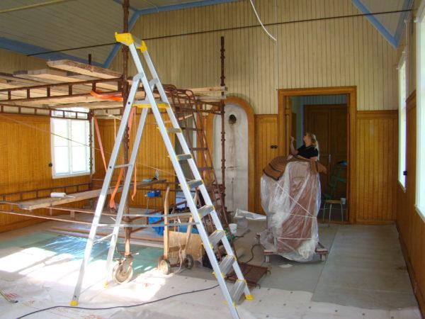 Arbete pågår i salen